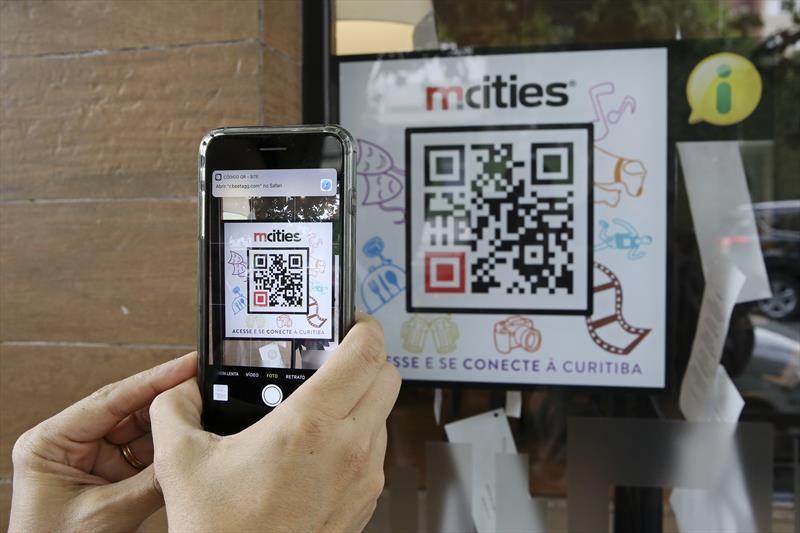 Prudente de Moraes é a primeira rua interativa de Curitiba