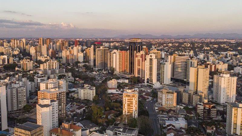 Consultoria põe Curitiba no topo das cidades com melhor gestão fiscal do país