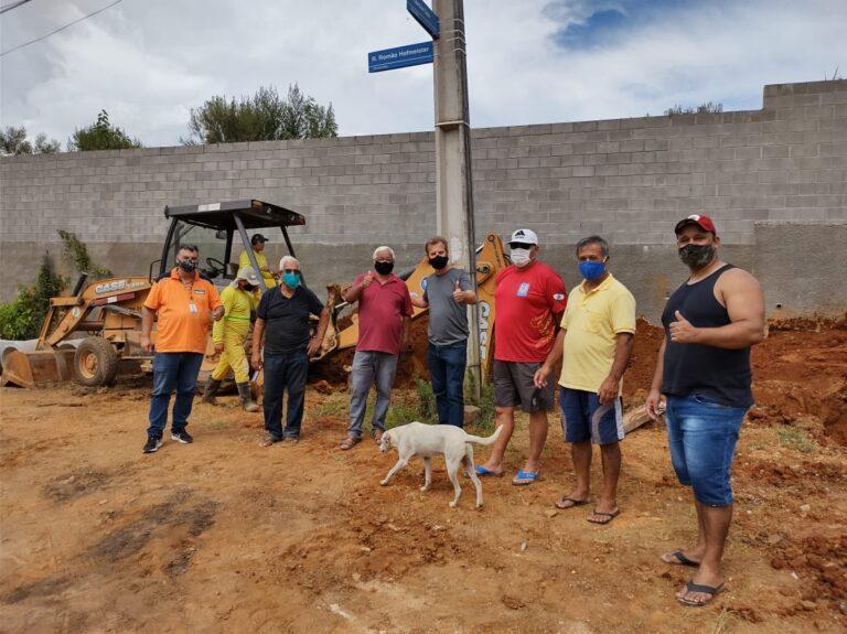 Ruas do Abranches , Taboão e Pilarzinho estão recebendo obras de Drenagem e implantação de asfalto