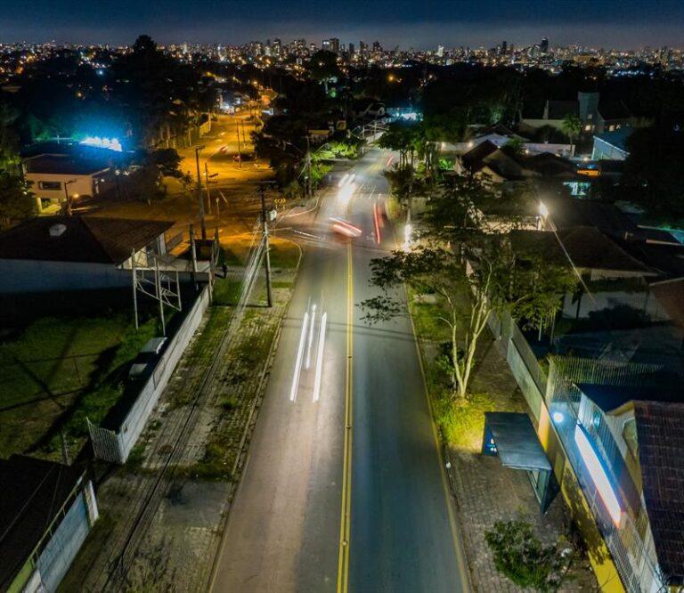 Avança modernização do sistema de iluminação pública